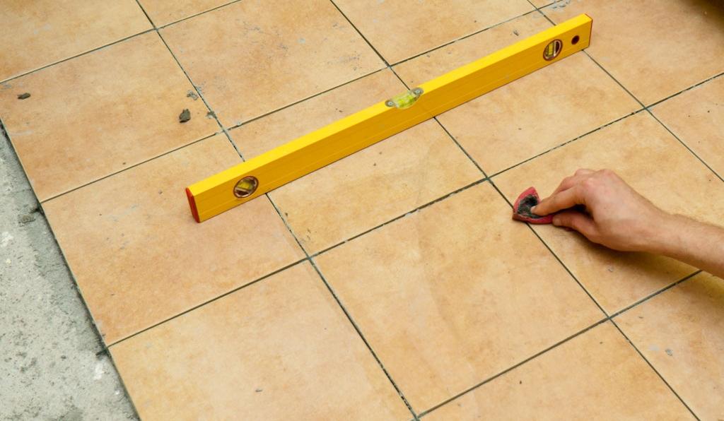 Монтаж плитки прямыми рядами